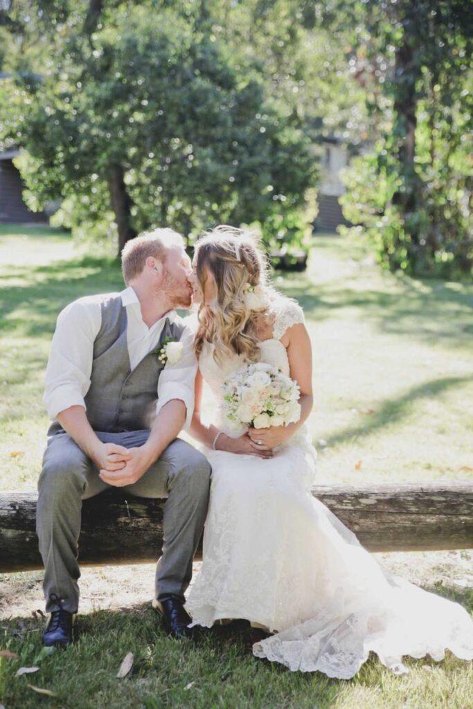 candid-captures-wedding-photography-15