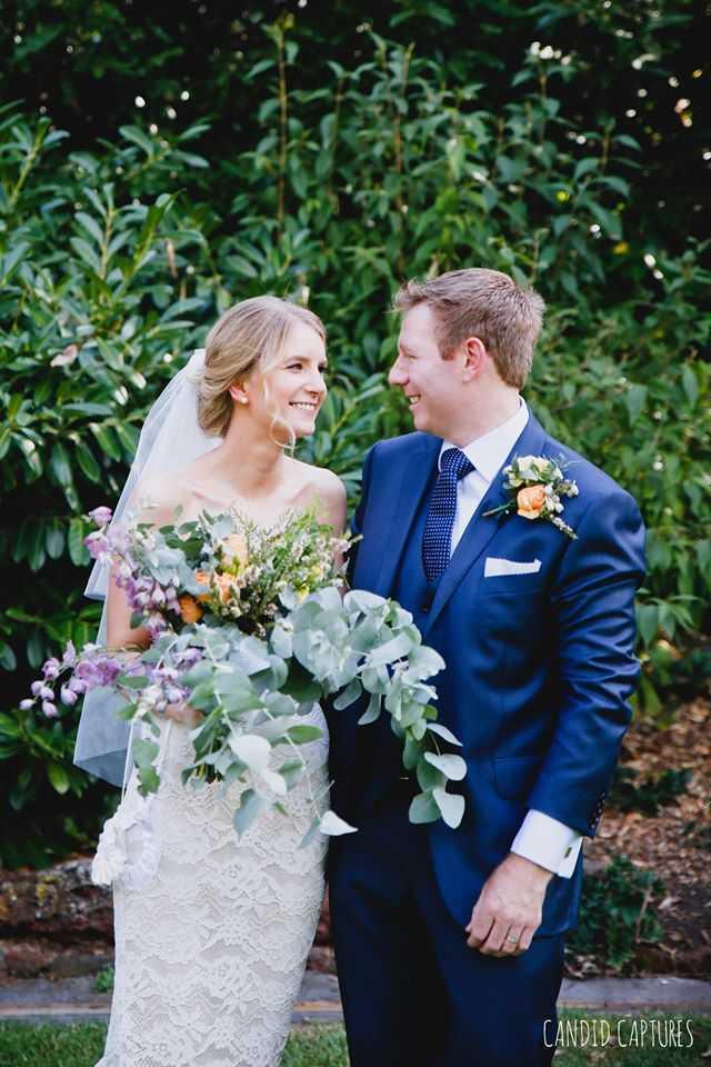 candid-captures-wedding-photography-23